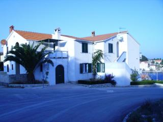 Nice Condo with Television and Satellite Or Cable TV - Sali vacation rentals