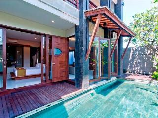 De villa,Luxury 6 bedrooms villa, Legian ,Seminyak - Kuta vacation rentals