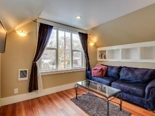 Charming historic studio, blocks from a shared pool & two miles from downtown! - Boise vacation rentals