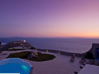 Beautiful Mykonos vacation Villa with Television - Mykonos vacation rentals