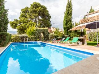 El Cortijo del Pino - Albunuelas vacation rentals