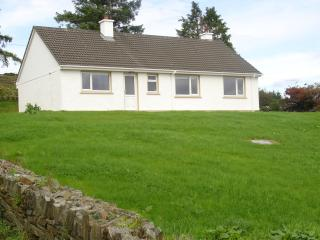 3 bedroom Bungalow with Internet Access in Creeslough - Creeslough vacation rentals
