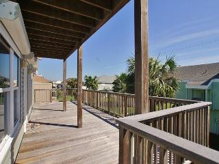 Beachside Home in Pirates Beach with Country Club Access! 4/3 Sleeps 10 - Galveston vacation rentals