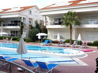 MIRAGE B1 - Side vacation rentals