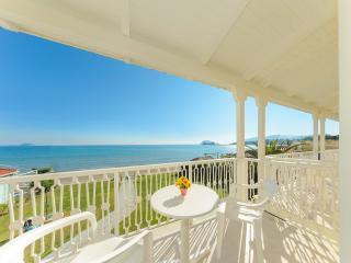 Bright Laganas Studio rental with Balcony - Laganas vacation rentals