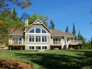 Lakefront Luxury - 2014 Built -Private 5 Bdrm - Sainte-Lucie-des-Laurentides vacation rentals