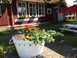 Bright 9 bedroom Bed and Breakfast in Borgholm - Borgholm vacation rentals