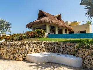 Beautiful Villa with Internet Access and A/C - Cartagena vacation rentals