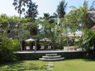 Villa Kayu - Candidasa vacation rentals