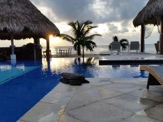 Belize Ocean Club 2BR Suite - Ocean Front Poolside - Placencia vacation rentals