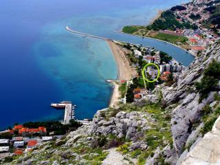 Beach apartment - Omis vacation rentals