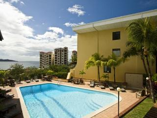Oceanview condo with best rates in Town / Sleeps 8 - Playa Flamingo vacation rentals
