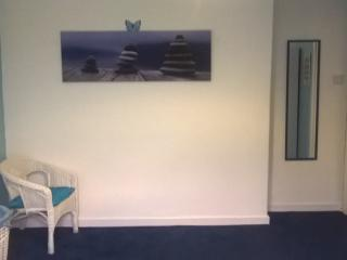 Glasgow Airport - King Size Room - Paisley vacation rentals