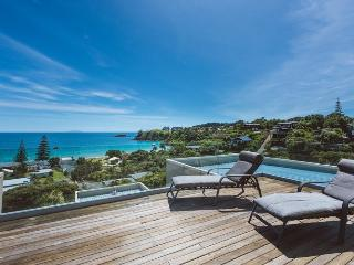 PALM BEACH LODGE - Totara Apartment - Ostend vacation rentals