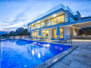 Luxury Villa/5 bedrooms/10 sleeps/5 night min stay - Kalkan vacation rentals