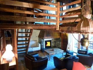 Chic Rustic chalet Fruitière 200m from ski lift.  With/without service - Peisey-Nancroix vacation rentals