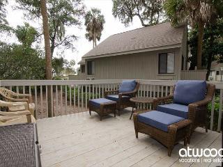 Oristo Lodge 362 - Adorable Efficiency Condo w/ Large Deck, Central Location - Edisto Beach vacation rentals