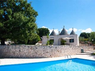 Trullo Olimpia with private pool, panoramic view - Locorotondo vacation rentals