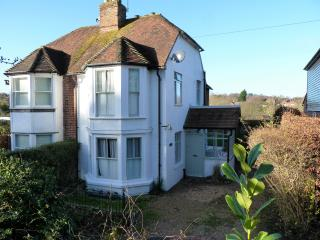 Gorgeous 2 bedroom House in Bearsted - Bearsted vacation rentals