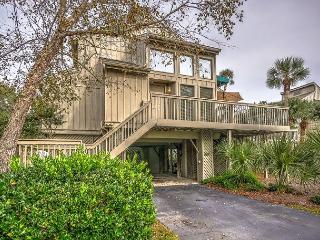 107 Oceanwood-Pretty 3 Bedroom Home-Oceanfront Pool - Hilton Head vacation rentals