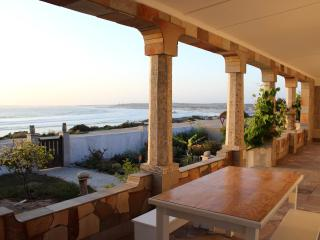 Comfortable House with Internet Access and Satellite Or Cable TV - Port Nolloth vacation rentals