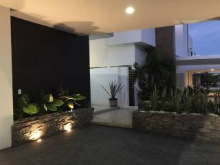 3-Story New Villa with Pool, 3 Bedrooms - Cancun vacation rentals