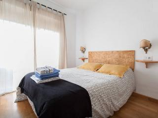 Apt.Santa ,Old Town a 3min. de la playa - Alicante vacation rentals