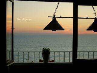 Infante - Seafront - Quarteira vacation rentals