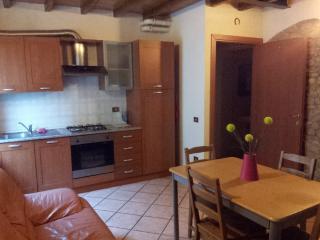 Appartamento Arredato Vicino a Parma - Collecchio vacation rentals