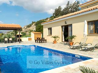 3BR villa, private pool, Breathtaking sunset views - Kissonerga vacation rentals