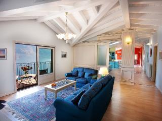 3 bedroom Apartment with Internet Access in Menaggio - Menaggio vacation rentals