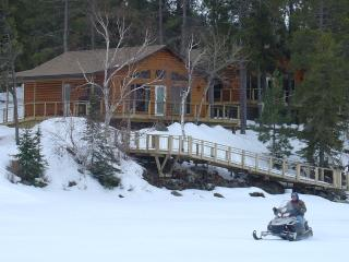 Deluxe Winter cabin rental on Lake of the Woods - Sioux Narrows vacation rentals