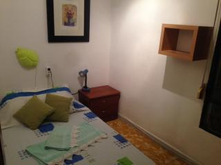 Private Room for 2 people - Barcelona vacation rentals