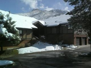 Canyon Racquet Club 4 bedroom/loft Condo Sleeps 12 - Cottonwood Heights vacation rentals