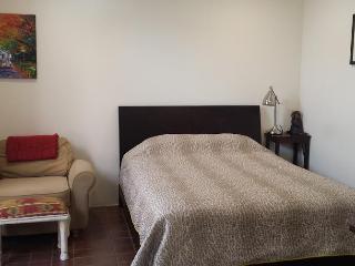 Cozy, small studio in ideal LA location - Santa Monica vacation rentals