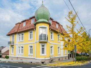 Villa Lucia Apartment Heviz Hungary - Heviz vacation rentals