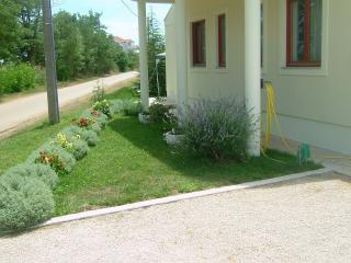 Romantic 1 bedroom Apartment in Zaton (Zadar) with Internet Access - Zaton (Zadar) vacation rentals