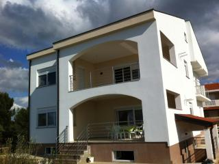34940 A Veliki (4+1) - Zaton (Zadar) - Zaton (Zadar) vacation rentals