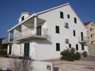 2432 A5(4) - Milna (Brac) - Milna (Brac) vacation rentals