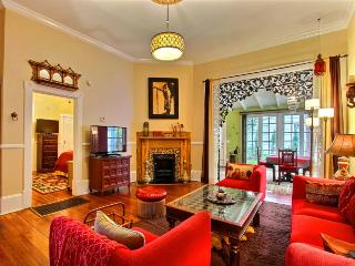 Insanely delightful Moroccan Oasis in the heart of the Savannah Historic District complete with swinging bed on Sun Porch! - Savannah vacation rentals