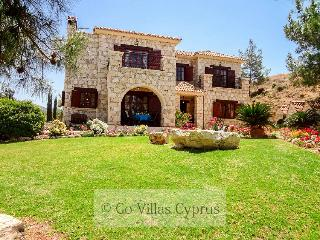 Beautiful 4BR stonebuilt luxury villa,private pool - Argaka vacation rentals