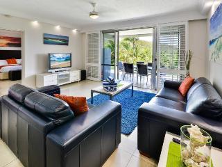 2 bedroom Condo with A/C in Hamilton Island - Hamilton Island vacation rentals