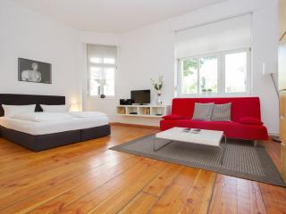 City Apartment 1  Prenzlauer Berg - Berlin vacation rentals
