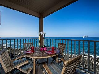 SV4205 2 bedroom, DIRECT OCEANFRONT, Wifi, BREATHTAKING VIEW. - Kailua-Kona vacation rentals
