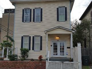 Large Historic Home- Blocks from The Strand- 4 BR- 2 BA- Sleeps 12, WiFi - Galveston vacation rentals