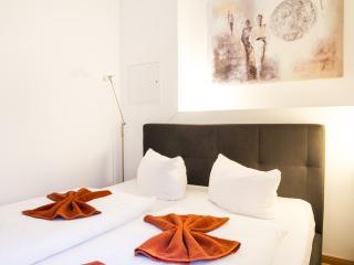 City Apartment 11 Prenzlauer Berg - Berlin vacation rentals