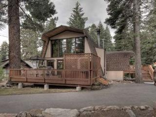Nice House with Hot Tub and Shared Outdoor Pool - Agate Bay vacation rentals