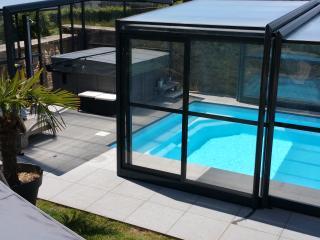 Gîte Piscine et Spa Le Point Du Jour - Rocroi vacation rentals