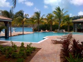 A La Mer - Ideal for Couples and Families, Beautiful Pool and Beach - Cruz Bay vacation rentals