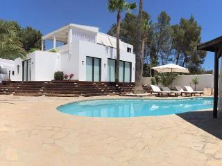 Minimal Luxury Designer's-VIP style close to Ibiza - Ibiza Town vacation rentals